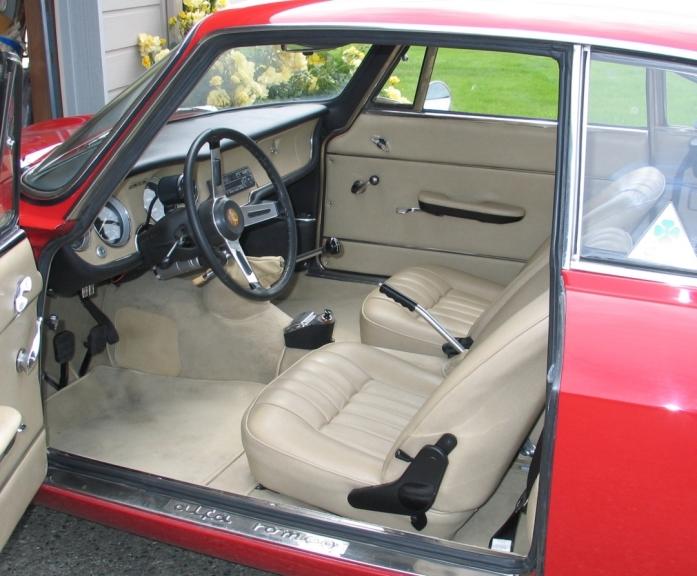 Alfa interior July 11 06 003c