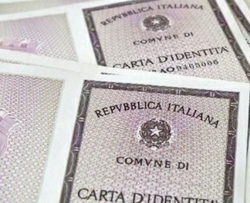 GIFFONI VALLE PIANA: Tentato furto di carte di identità al comune. Messi in fuga dai Carabinieri - Gwendalina.tv