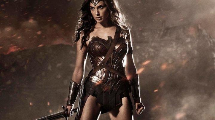 Miss Israele è la Wonder Woman della costiera Cilentana e Amalfitana - Gwendalina.tv