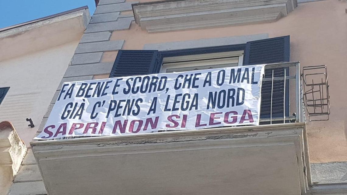 """""""Sapri non si Lega"""", proteste per l'arrivo di Salvini - Gwendalina.tv"""
