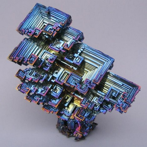 9 pierres aux couleurs extraordinaires