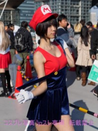 gwigwi.com-comiket-89-day-3-cosplay-35