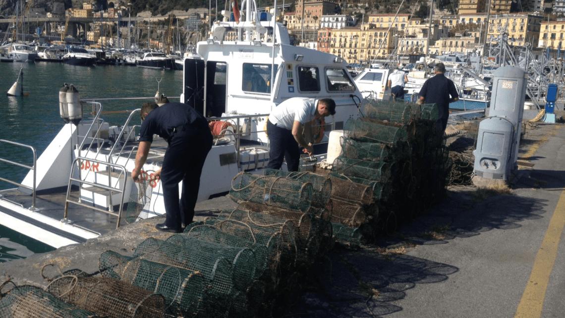 Salerno – Guardia Costiera contrasta pesca di frodo