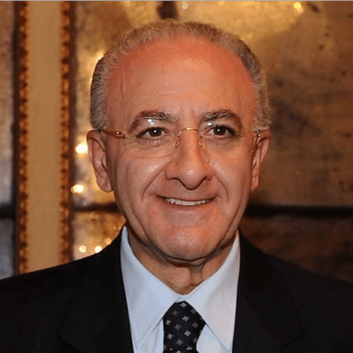 SALERNO – De Luca interviene sulla sfiducia al sindaco Sannino