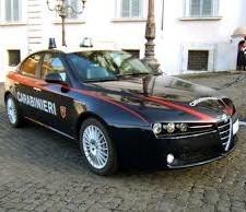 BATTIPAGLIA – Sorpassa a 200 Km/h l'auto dei carabinieri: agli arresti pregiudicato con la droga in auto