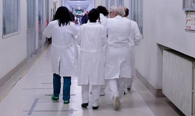 Emergenza sanitaria, opinioni contrastanti