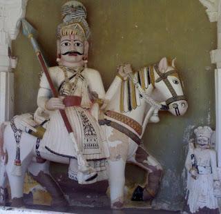 देवताओं की साल व वीरों का दालान – मंडोर-जोधपुर