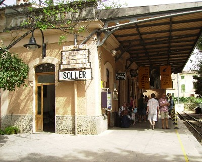 Photo: Train station in Soller, Mallorca, Spain. Credit: Lisa Borre.