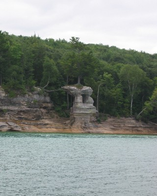 Photo: Pictured Rocks, Lake Superior. Credit: L. Borre.
