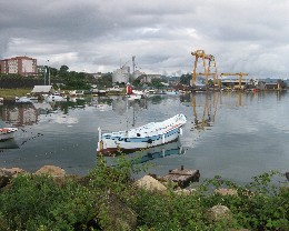 Photo: The harbor of Ünye is located next to a large cement plant. Credit: Lisa Borre.