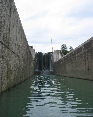 Photo: Looking towards the 95-foot high gates in one of the lock chambers of the Welland Canal. Credit: L. Borre.