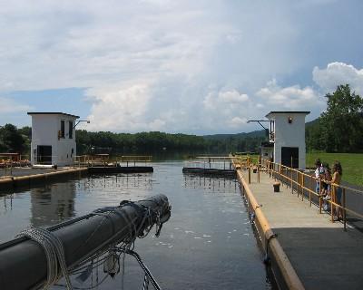 Photo: Lock gates open, Erie Canal. Credit: L. Borre.