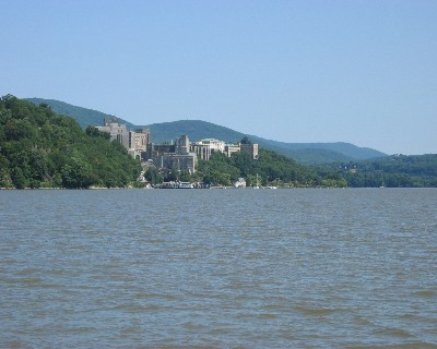Photo: West Point Military Academy, Hudson River, NY. Credit: L. Borre.