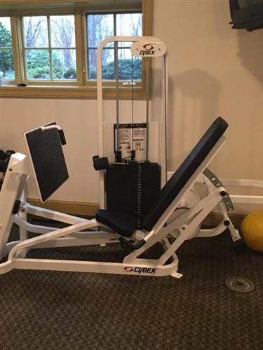 Cybex Vr2 Leg Press Gymstore Com