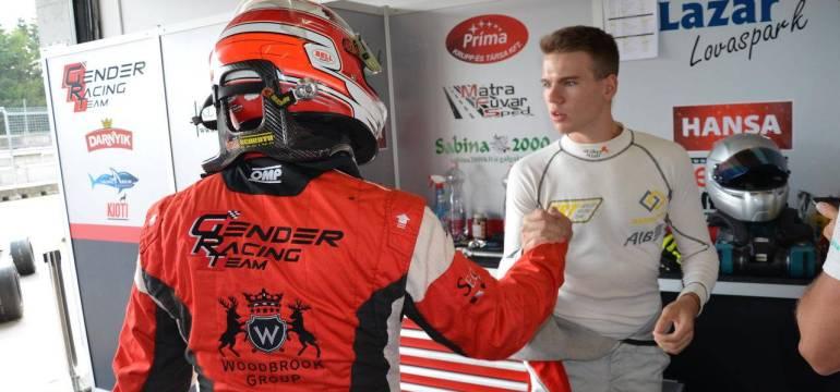 Gender Racing Team  : Újra a vörös bikán