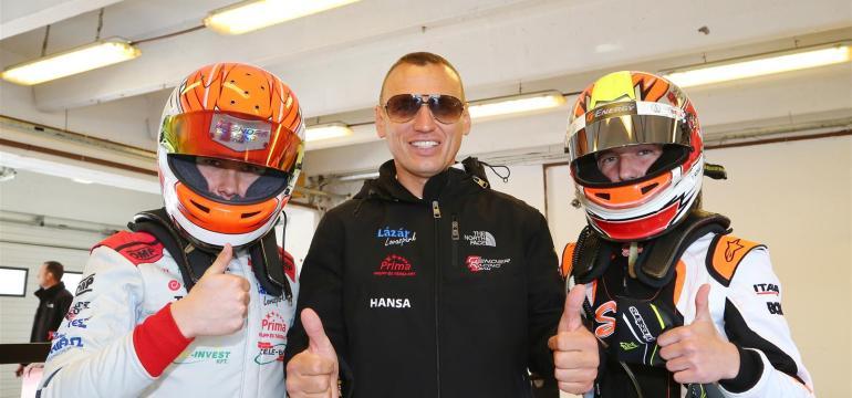 Gender Racing  : Végre újra a valódi versenypályán!