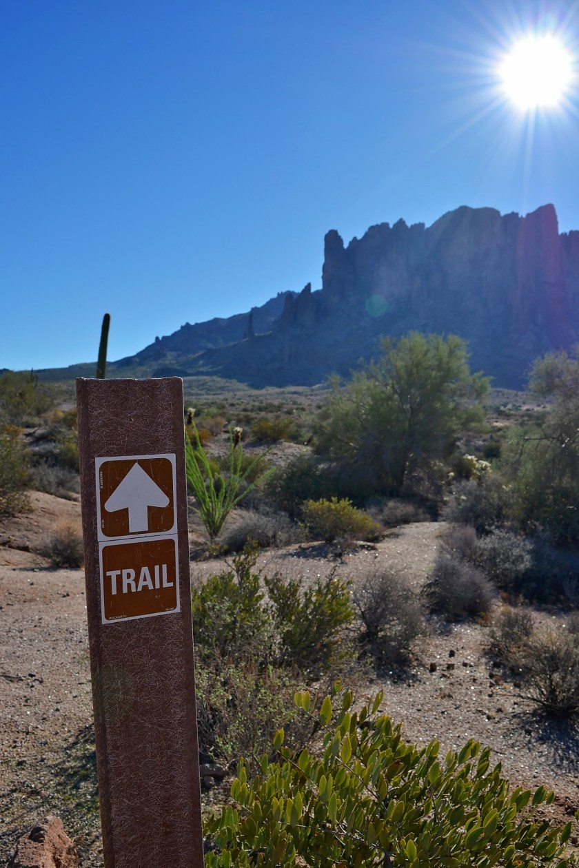 3-superstition-mountain-trail-hiking-mesa-arizona