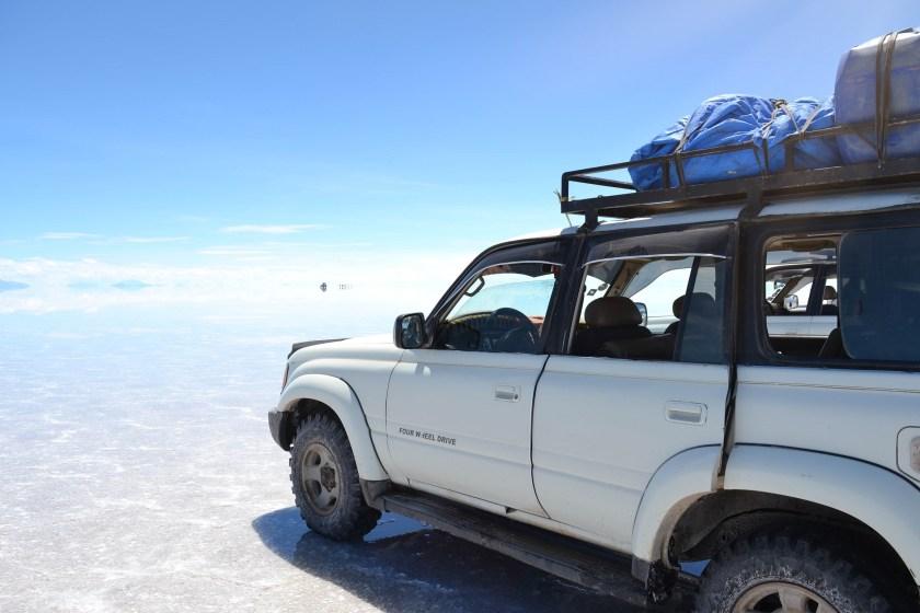 4-salar-dry-wet-jeep-uyuni-salt-flats-bolivia3