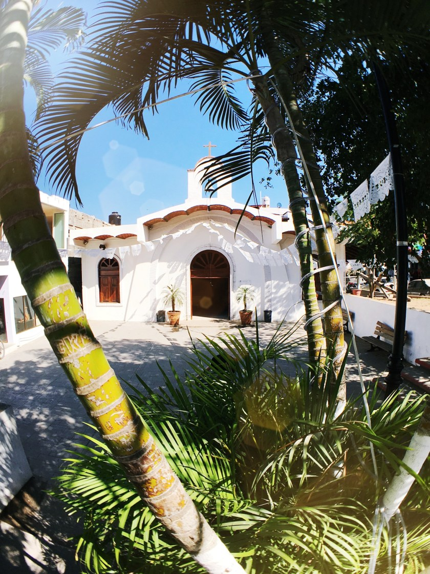 sayulita-church-nayarit-romantic-day-summer