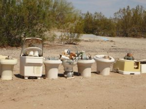 Decorative toilets in Slab City near Joshua Tree California Weekend Getaway