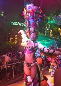 tropicana dancer cuba