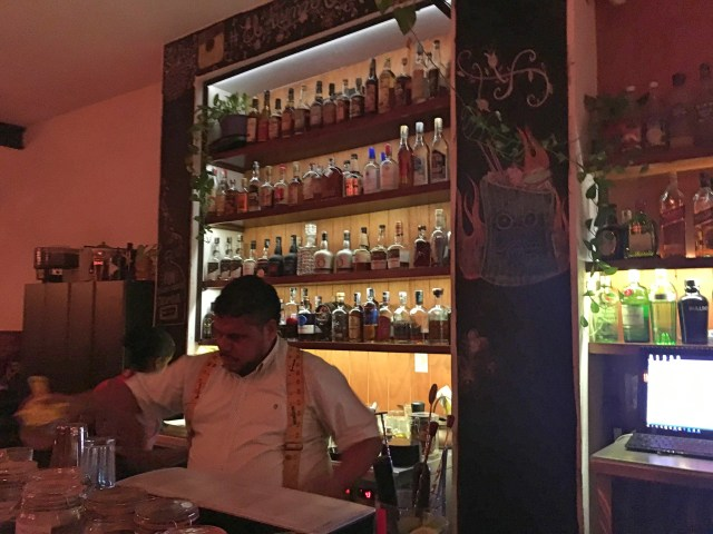 bartender at aresenal bar cartagena