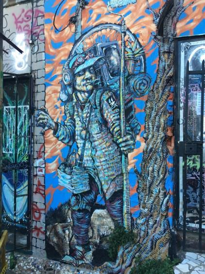 valparaiso chile street art wall