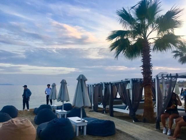 beach club mykonos