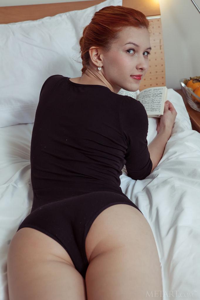 Red Hot Vixen Ambre