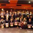 監督・コーチ・選手・球団スタッフ揃っての記念写真