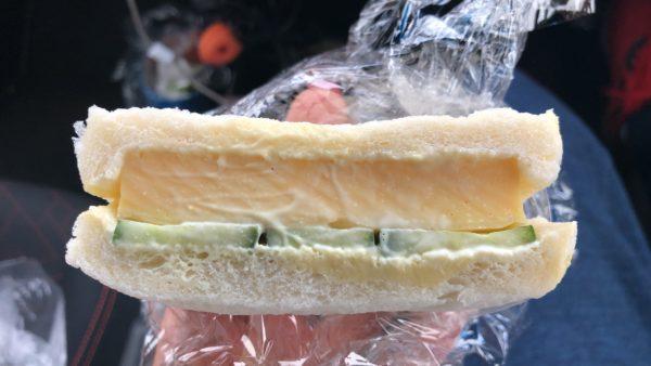 どんぐり麻生店さんの厚焼き玉子サンド