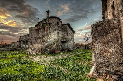 Agricoltura nuova vita per i vecchi casali del Lazio
