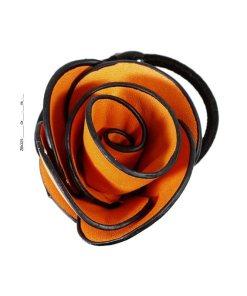 Zopfgummi mit großer Stoffrose in orange mit schwarzem Rand