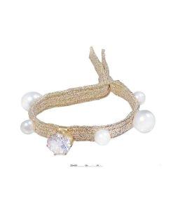 Zopfhalter mit goldenem breiteren flachen Gummiband mit aufgesetzten großen und kleinen Perlen sowie gefaßtem Strassstein