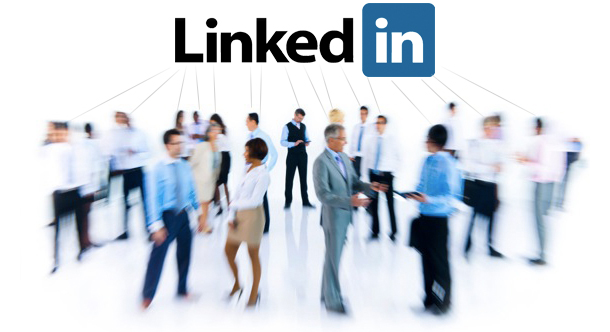 5 LinkedIn Photo Ideas That Will Get You Noticed