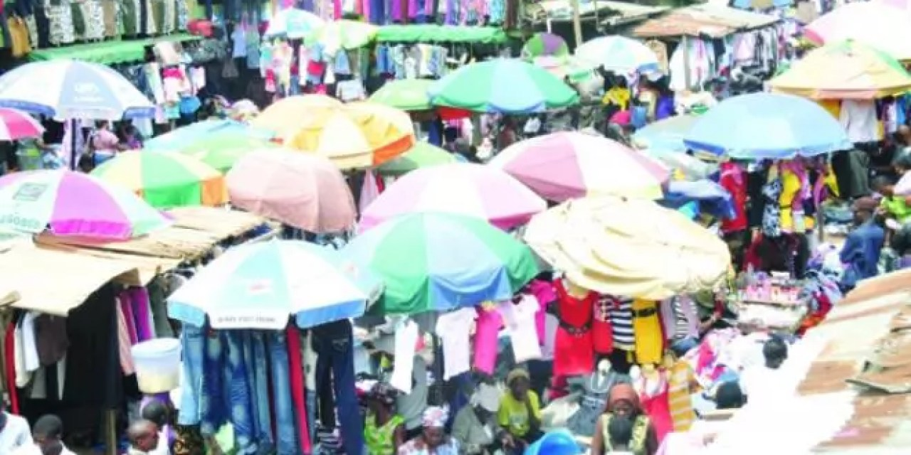 5 Real Things That Happen to Shoppers At Yaba Market