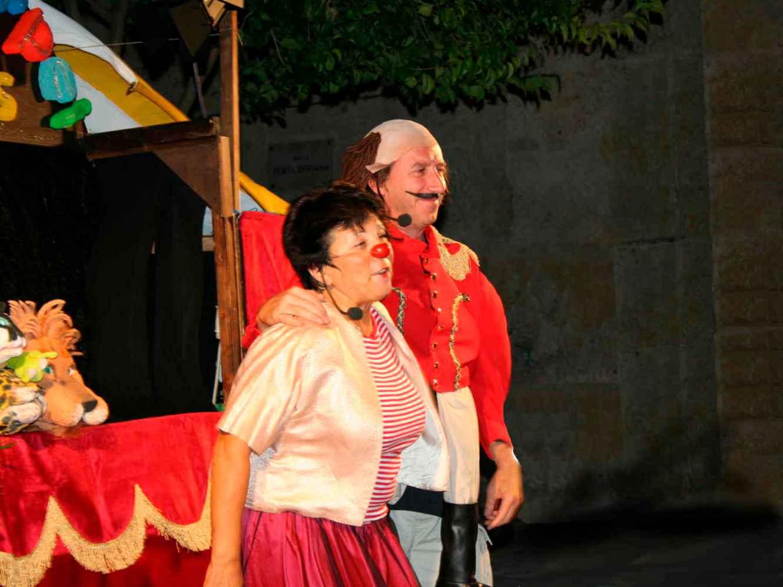 Patrizia/clown e il direttore del circo Amedeo in Loira Narpei Circus a Eboli SA - 2009