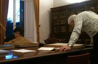 maggio 2011 - Patrizia Ascione e John McCormick - abbiamo aiutato John in una ricerca sulla famiglia Holden a Livorno all'emeroteca comunale