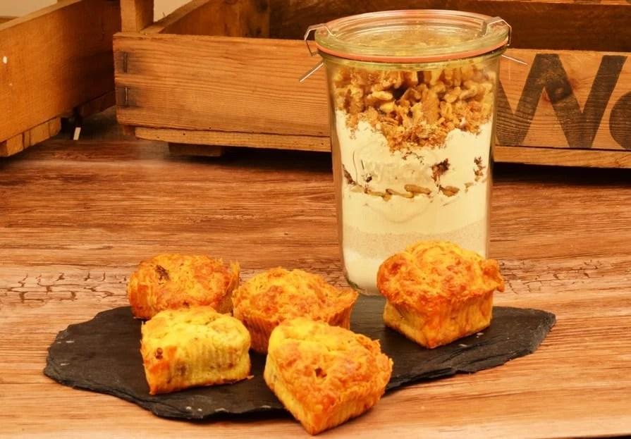 Herzhafte Walnuss Zwiebel Muffins als Backmischung im Glas