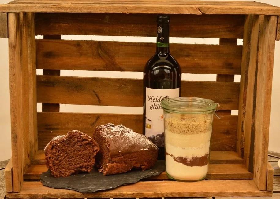 Gluehwein Lebkuchen Kuchen als Backmischung im Glas