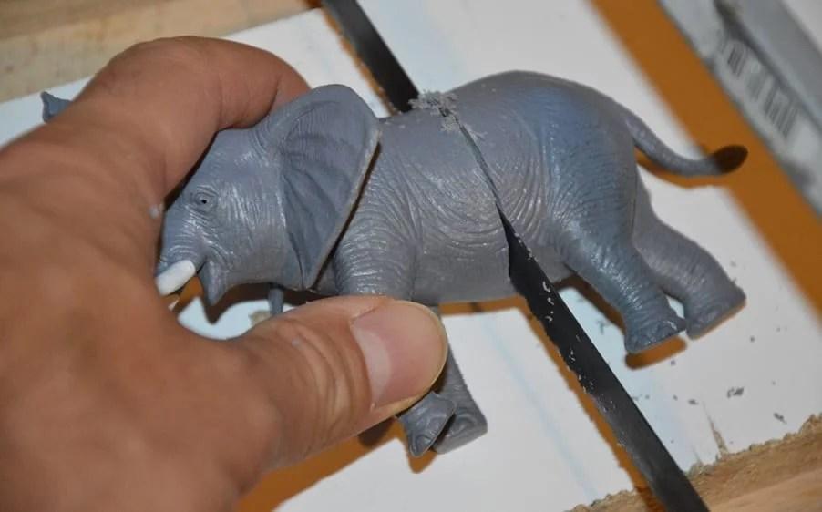 Kindergarderobe- Tiere auseinander schneiden