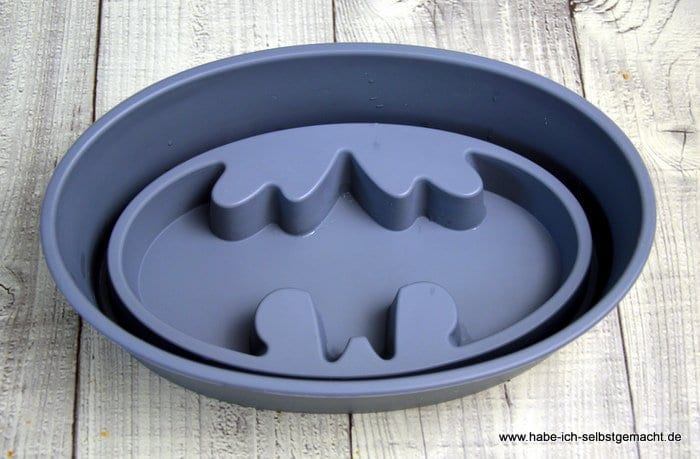 Batman Logo Backform aus Silikon