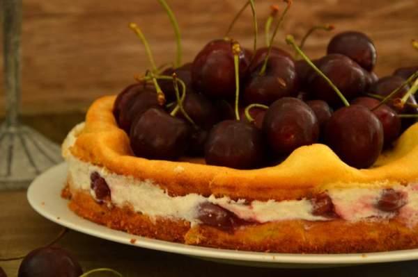 Kirsch Windbeutel Torte