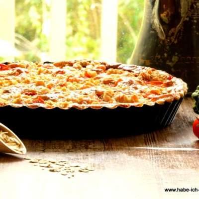 Herzhafter Streuselkuchen mit Tomaten und Zucchini