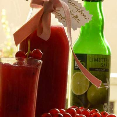 Johannisbeer Limetten Limes