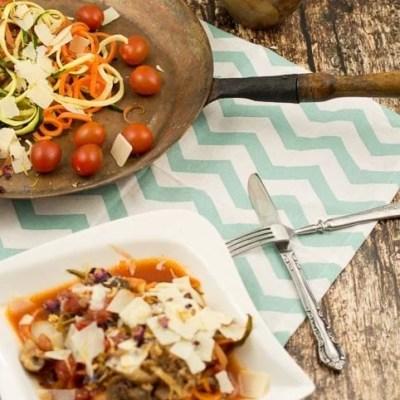 Low Carb Bolognese mit Zucchini und Möhren Nudeln