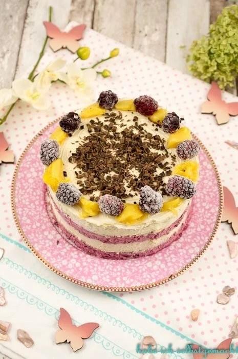 No Bake Mango Beeren Oblaten Torte