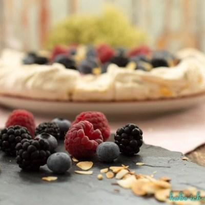 Pavlova Vanille Beeren Torte