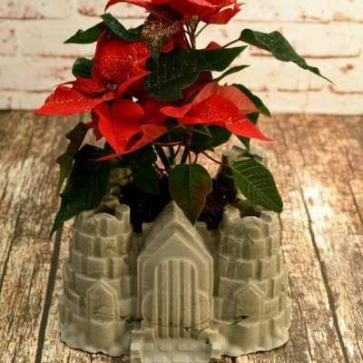 DIY Blumentopf als Ritterburg aus Beton