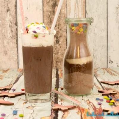 Eine große Tasse Lieblings-Kakao verschenken